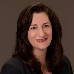 Laura Solomon Headshot